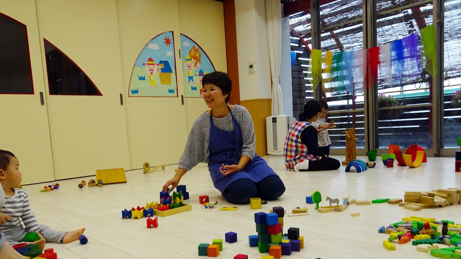 保育・おもちゃのプロとして子どもの育つ場を作る―新潟市・岡田真弓さんの木育広場
