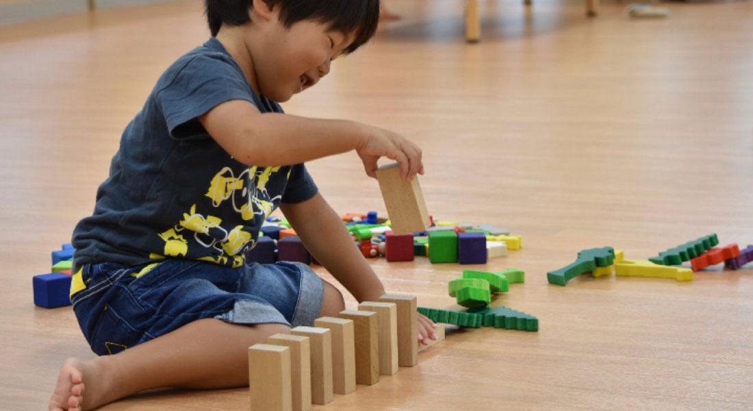 子どもの遊び力が目覚める!レンガ積み木