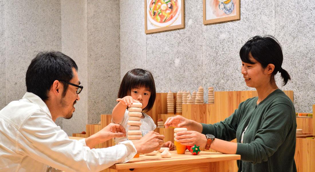 花巻おもちゃ美術館へ行こう!マルカンビル大食堂ごっこコーナーや岩手山すべり台など、3つのおすすめスポットをご紹介