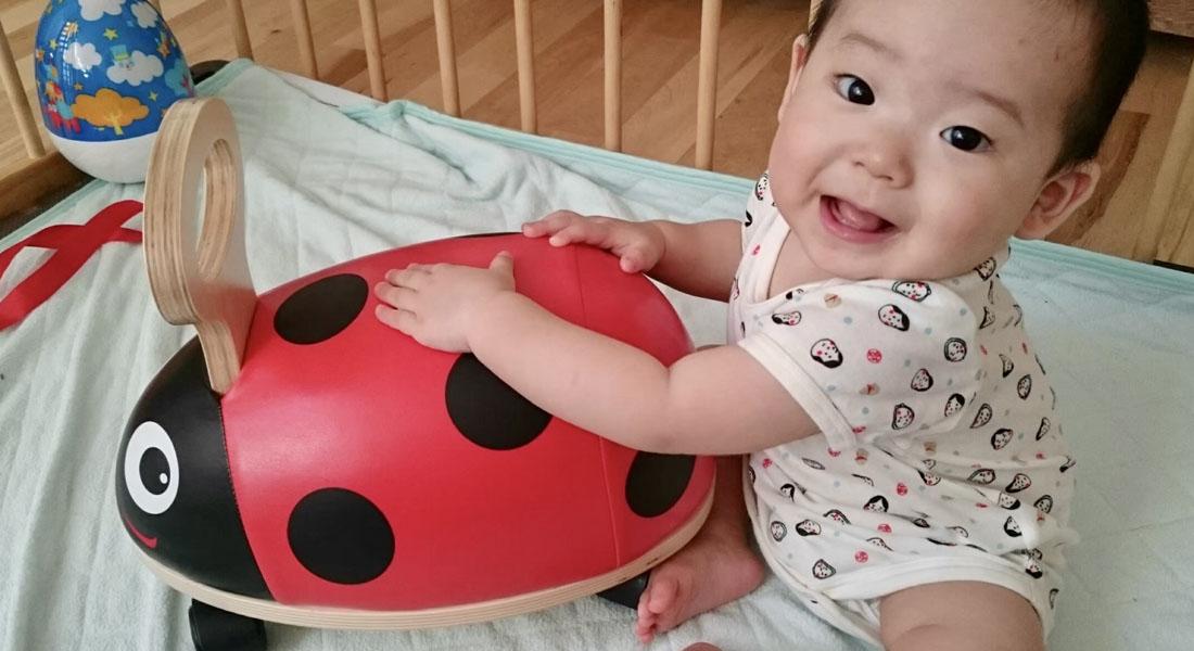 赤ちゃんへの言葉かけは「動きを言葉にする」ことがポイント!-子どもと遊ぶ6つのヒント#2
